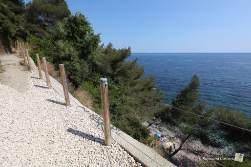 chemin des douaniers cap brun à Toulon