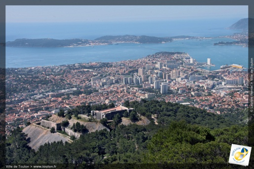 vue aérienne de Toulon