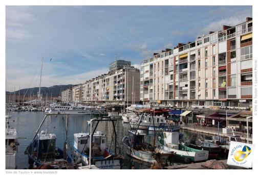 Toulon pas à pas